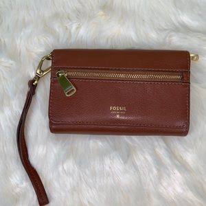 Gorgeous Fossil brown leather wallet/wrislet